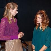 NLD/Utrecht/20180923 - Premiere Mamma Mia, Manon Flier en Dominique Janssen-Bloodworth