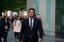 © London News Pictures. 29/05/2015. ANDY BURNHAM MP, Labour leadership candidate, arriving to deliver a speech on the economy in central London. Andy Burnham is one the favourites to take over as Labour Party leader following the resignation of Ed Miliband after a heavy general election defeat. Photo credit: Ben Cawthra/LNP