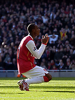 Photo: Olly Greenwood.<br />Arsenal v Blackburn Rovers. The FA Cup. 17/02/2007. Arsenal's Justin Hoyte can't beleive he missed