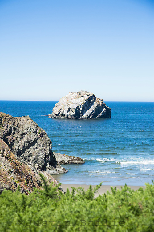 Face Rock State Scenic Viewpoint is a state park in Bandon, Oregon