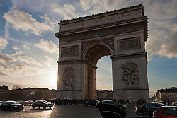 Traffic on triumphal arch, Arc de Triomphe, Paris, France