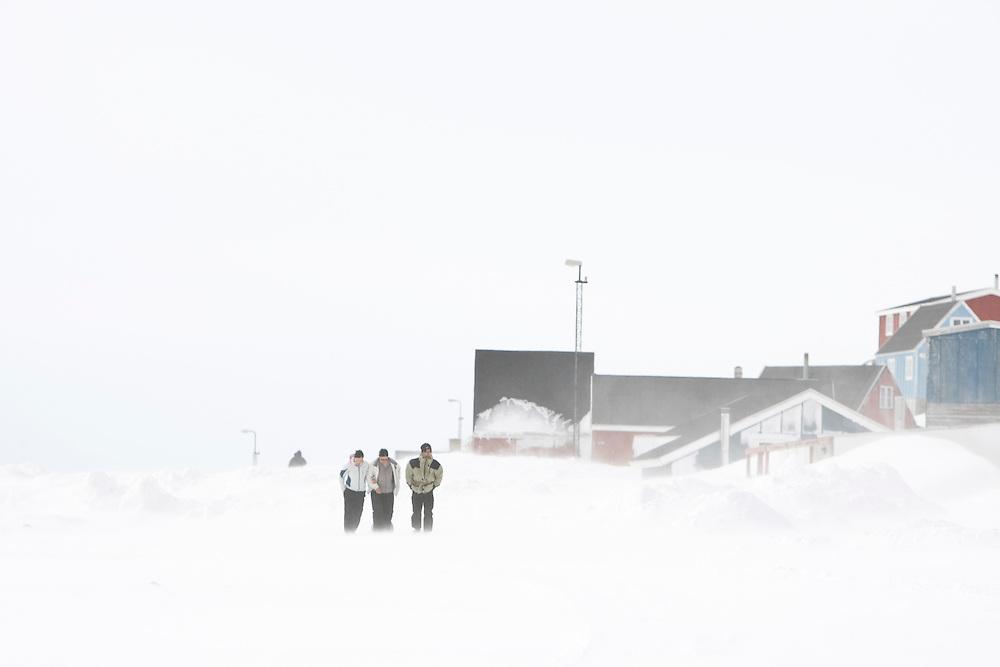 People inthe village Kulusuk, Greenland - Fólk, Kulusuk á Grænlandi