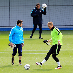 Joe Hart of Manchester City trains - Mandatory byline: Matt McNulty/JMP - 25/04/2016 - FOOTBALL - City Football Academy - Manchester, England - Manchester City v Real Madrid - UEFA Champions League Training Session
