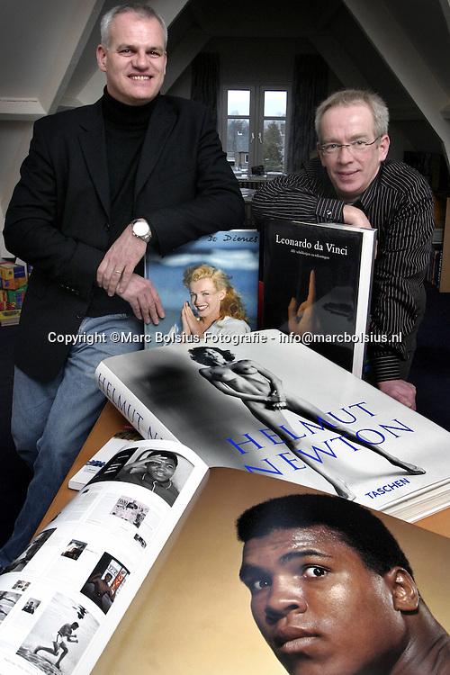 kerkdriel,links wim kerkhoff en rechts jac peeters van uitgeverij librero.