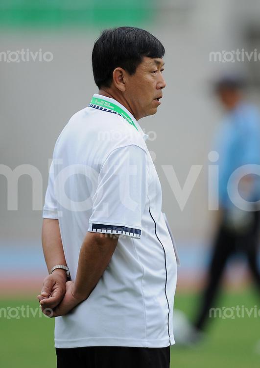 Fussball  Internationl  Quali  Ostasiatische Meisterschaft in Taiwan    23.08.2009 DPR Korea - Guam Trainer Kim Jong Hun (Nordkorea)