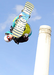 29.10.2011, Battersea Power Station, London GBR, FIS Snowboard Worldcup, Relentless Freeze Festival, im Bild FIS World Cup 2012 Heat 1,Petja PIIROINEN, of FIN // during FIS Snowboard Worldcup at Relentless Freeze Festival in London, United Kingdom on 29/10/2011. EXPA Pictures © 2011, PhotoCredit: EXPA/ TNT Sports/ Nick Tapsell +++++ ATTENTION - OUT OF ENGLAND/GBR +++++