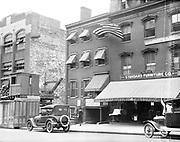 0613-B102.  Petersen House, where Abraham Lincoln died, on Tenth St. NW, Washington DC. 1922, Washington, DC