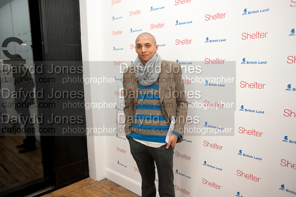 DAVID ALLAIN, Hoxton Sq projects auction in aid of Shelter. .- Hoxton sq. Gallery. 24 November 2010. . -DO NOT ARCHIVE-© Copyright Photograph by Dafydd Jones. 248 Clapham Rd. London SW9 0PZ. Tel 0207 820 0771. www.dafjones.com.