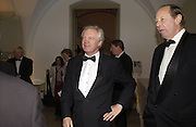 David Davis MP and Sir Archie Hamilton, The Leader's Dinner ( Michael Howard's ) Banqueting House. Whitehall. London.  November 2005. ONE TIME USE ONLY - DO NOT ARCHIVE  © Copyright Photograph by Dafydd Jones 66 Stockwell Park Rd. London SW9 0DA Tel 020 7733 0108 www.dafjones.com