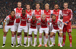 19-02-2015 NED: Europa League AFC Ajax - Legia Warschau, Amsterdam<br /> Ajax heeft donderdagavond voor eigen publiek een kleine zege geboekt op Legia Warschau in de Europa League (1-0) / Teamphoto Ajax back row (L-R) Mike van der Hoorn of Ajax, Nick Viergever of Ajax, Arek Milik of Ajax, Nicolai Boilesen of Ajax, Ricardo Kishna of Ajax, Jasper Cillessen of Ajax Front row (L-R) Anwar El Ghazi of Ajax, Riechedly Bazoer of Ajax, Thulani Serero of Ajax, Davy Klaassen of Ajax, Ricardo van Rhijn of Ajax