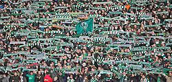 15.03.2014, Weserstadion, Bremen, GER, 1. FBL, SV Werder Bremen vs VfB Stuttgart, 25. Runde, im Bild Bremer Fans zeigen ihren Werder-Schal // Bremer Fans zeigen ihren Werder-Schal during the German Bundesliga 25th round match between SV Werder Bremen and VfB Stuttgart at the Weserstadion in Bremen, Germany on 2014/03/16. EXPA Pictures © 2014, PhotoCredit: EXPA/ Andreas Gumz<br /> <br /> *****ATTENTION - OUT of GER*****