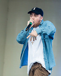 July 29, 2016 - Chicago, Illinois, U.S - Rapper MAC MILLER performs live during Lollapalooza Music Festival at Grant Park in Chicago, Illinois (Credit Image: © Daniel DeSlover/ZUMA Wire)