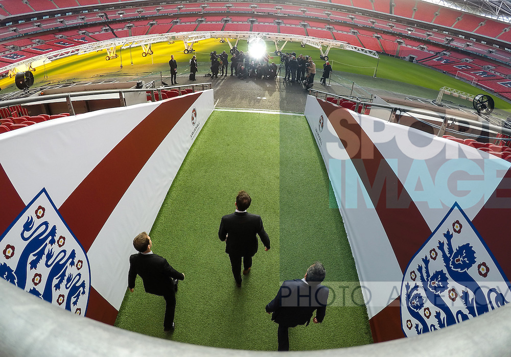 England Gareth Southgate comes out to meet the media during his press conference at Wembley Stadium, London. Picture date December 1st, 2016 Pic David Klein/Sportimage