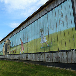 A barn painted with a poultry theme in Lancaster County, Pennsylvania.