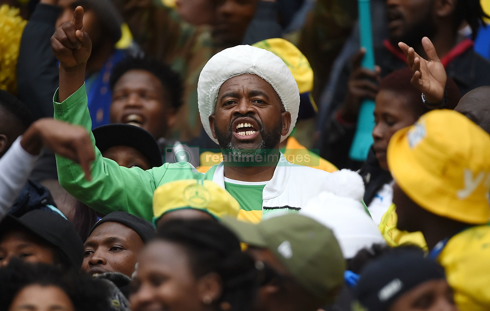 Cape Town-180825- Mamelodi Sundowns fans sing even after losing 1-0 to Cape Town City in the MTN 8 semi-final at Cape Town Stadum.Photographer :Phando Jikelo/African News Agency/ANA