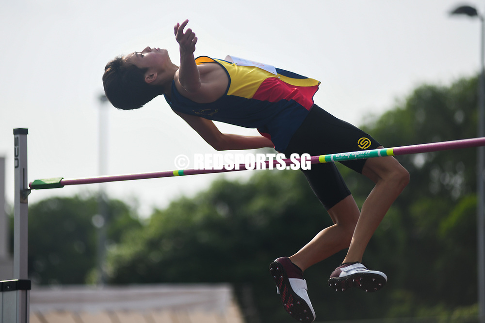 Jonathan Tan of ACS(I) finished joint-fourth with a final height of 1.76 metres. (Photo 1 © Stefanus Ian/Red Sports)