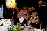 DAVID WALLIAMS; KELLY HOPPEN, The Ormeley dinner in aid of the Ecology Trust and the Aspinall Foundation. Ormeley Lodge. Richmond. London. 29 April 2009