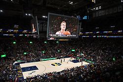 November 23, 2017 - Salt Lake City, UT, USA - 171117 Chicagos Lauri Markkanen lÅgger ett straffskott under basketmatchen i NBA mellan Utah Jazz och Chicago Bulls den 22 november 2017 i Vivint Smart Home Arena i Salt Lake City  (Credit Image: © Joel Marklund/Bildbyran via ZUMA Wire)