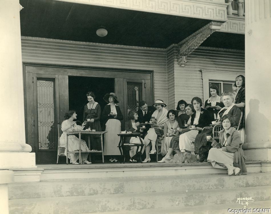 1924 Girls at the Hollywood Studio Club