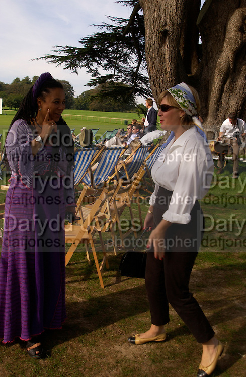 Nimmy Baker and the Countess of March and Kinrara, The Duke of Richmond and Gordon's X1 V The Earl of March and Kinrara's X1. Cricket match before the Goodwood Revival meeting, 2 September 2004. SUPPLIED FOR ONE-TIME USE ONLY-DO NOT ARCHIVE. © Copyright Photograph by Dafydd Jones 66 Stockwell Park Rd. London SW9 0DA Tel 020 7733 0108 www.dafjones.com