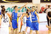 DESCRIZIONE : Parma All Star Game 2012 Donne Torneo Ocme Lega A1 Femminile 2011-12 FIP <br /> GIOCATORE : Sabrina Cinili<br /> CATEGORIA : esultanza<br /> SQUADRA : Nazionale Italia Donne Ocme All Stars<br /> EVENTO : All Star Game FIP Lega A1 Femminile 2011-2012<br /> GARA : Ocme All Stars Italia<br /> DATA : 14/02/2012<br /> SPORT : Pallacanestro<br /> AUTORE : Agenzia Ciamillo-Castoria/C.De Massis<br /> GALLERIA : Lega Basket Femminile 2011-2012<br /> FOTONOTIZIA : Parma All Star Game 2012 Donne Torneo Ocme Lega A1 Femminile 2011-12 FIP <br /> PREDEFINITA :