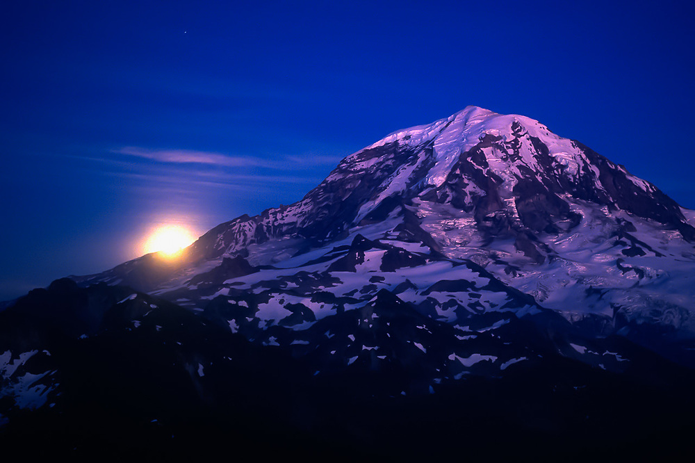 Monrise, evening light, Mount Rainier, 14,410 elevation, viewed from Tolmie Peak, Mount Rainier National Park, Washington, USA