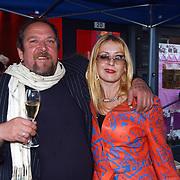 Opening Stip galerie, Henk Schiffmacher en vrouw Louise van Teijlingen