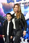 Nederlandse première van DE SMURFEN EN HET VERLOREN DORP in Pathe ArenA, Amsterdam<br /> <br /> Op de foto:   Christie Bokma met haar zoon Davey