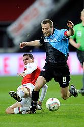 03-04-2010 VOETBAL: AZ - FC UTRECHT: ALKMAAR<br /> FC utrecht verliest met 2-0 van AZ / Maarten Martens en Michael Silberbauer<br /> ©2009-WWW.FOTOHOOGENDOORN.NL