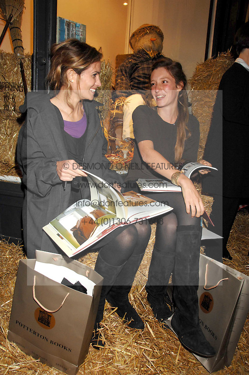 Left to right, SHEHERAZADE GOLDSMITH and KATE GOLDSMITH at a party to celebrate the publication of Country Living by Kathryn Ireland held at Blanchards, 86-88 Pimlico Road, London SW1 on 25th September 2007.<br /><br />NON EXCLUSIVE - WORLD RIGHTS