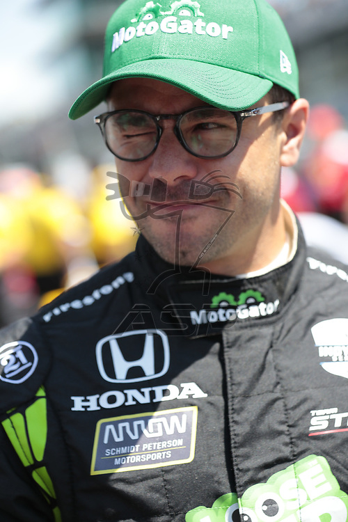ORIOL SERVIA (77) of Spain prepares to qualify for the Indianapolis 500 at Indianapolis Motor Speedway in Indianapolis, Indiana.