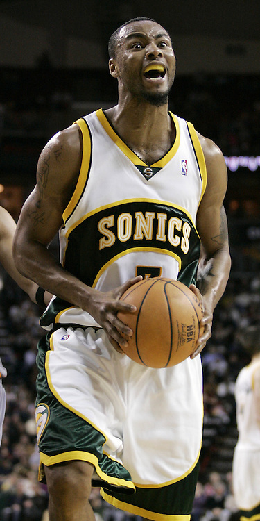 Seattle SuperSonics' Rashard Lewis reacts after an offensive foul was called on him against the Phoenix Suns. (AP Photo/John Froschauer)