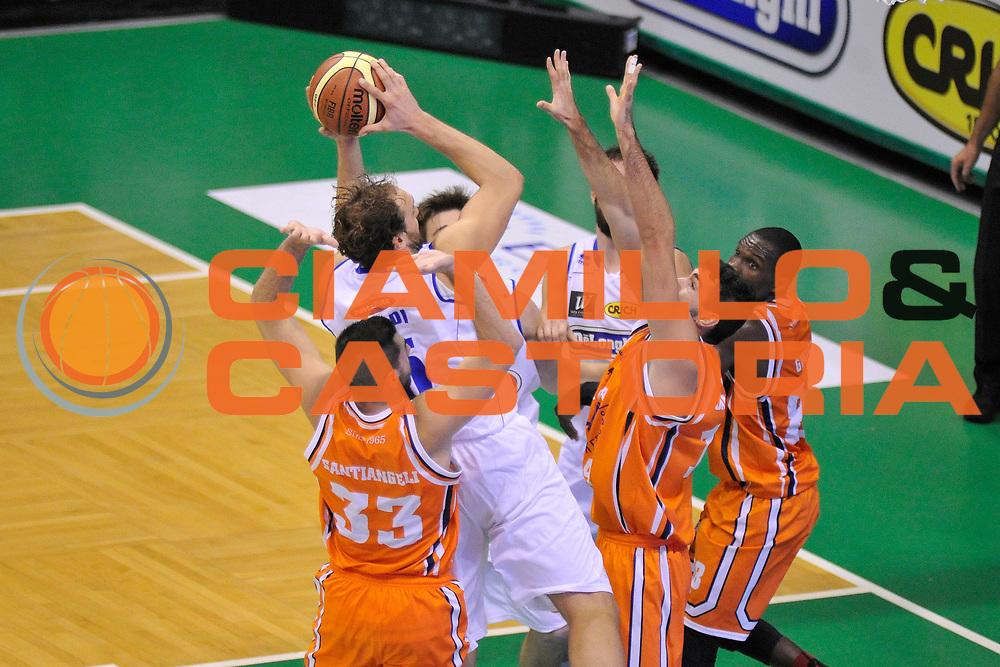DESCRIZIONE : Treviso Lega due 2015-16  Universo Treviso De Longhi - Aurora Basket Jesi<br /> GIOCATORE : tommaso rinaldi<br /> CATEGORIA : mani<br /> SQUADRA : Universo Treviso De Longhi - Aurora Basket Jesi<br /> EVENTO : Campionato Lega A 2015-2016 <br /> GARA : Universo Treviso De Longhi - Aurora Basket Jesi<br /> DATA : 31/10/2015<br /> SPORT : Pallacanestro <br /> AUTORE : Agenzia Ciamillo-Castoria/M.Gregolin<br /> Galleria : Lega Basket A 2015-2016  <br /> Fotonotizia :  Treviso Lega due 2015-16  Universo Treviso De Longhi - Aurora Basket Jesi