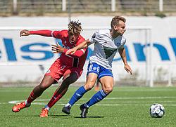 Jakob Skovgaard Larsen /hik og Anosike Ementa (FC Helsingør) under træningskampen mellem FC Helsingør og HIK den 1. august 2020 på Helsingør Ny Stadion (Foto: Claus Birch).