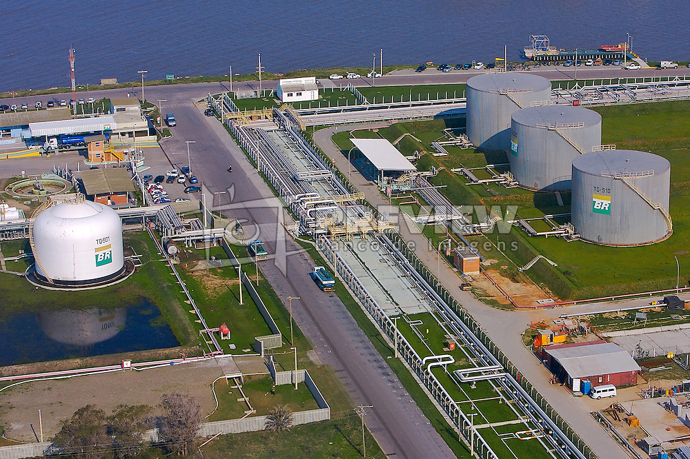 Silos no Porto de Rio Grande. FOTO: Jefferson Bernardes/Preview.com
