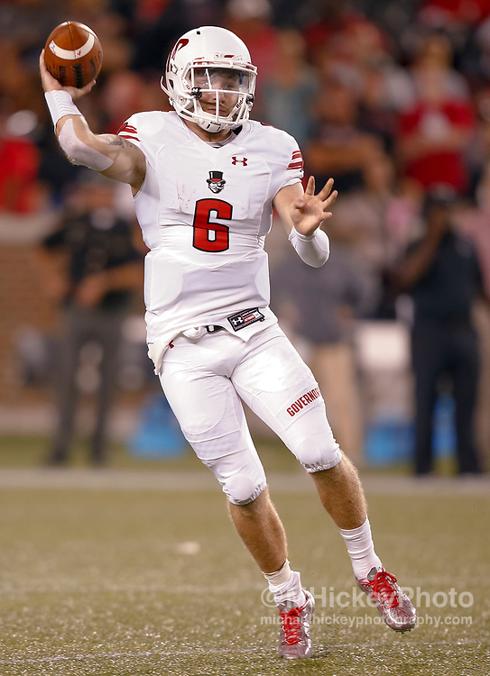 CINCINNATI, OH - AUGUST 31: Jeremiah Oatsvall #6 of the Austin Peay Governors throws the ball against the Cincinnati Bearcats at Nippert Stadium on August 31, 2017 in Cincinnati, Ohio. (Photo by Michael Hickey/Getty Images)  *** Local Caption *** Jeremiah Oatsvall