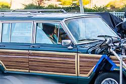 EXCLUSIVE: Sandra Bullock and Sarah Paulson seen on set of 'Bird box' in Los Angeles, CA. 13 Jan 2018 Pictured: Sandra Bullock and Sarah Paulson. Photo credit: MEGA TheMegaAgency.com +1 888 505 6342