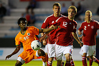 FOOTBALL - UNDER 20 - INTERNATIONAL TOULON FESTIVAL 2010 - FINAL - IVORY COAST v DENMARK - 27/05/2010 - PHOTO PHILIPPE LAURENSON / DPPI - SERGE DEBLE (COT) / MADS FENGER NIELSEN (DAN)