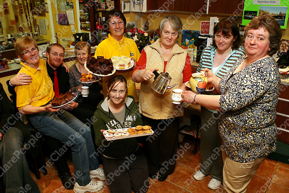 Kay Madden, Kieran Leamy, Teresa O' Dwyer, Lavender Wright, Mary Lynch, Mags McGrath, Mary Floyd and Siobhan Madden at the 11th annual tea, coffee and delicious cakes day in Kay Maddens house in Tulla on Friday where all proceeds go to cancer care. <br /> Photograph by Yvonne Vaughan