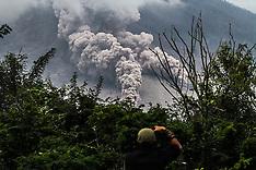 Indonesia: Sinabung Volcano Erupts, 13 Nov. 2016