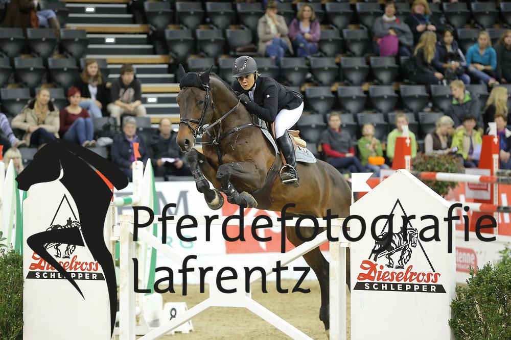 Kayser, Julia Sterrehof`s Cayetano<br /> Oldenburg - Oldenburger Pferdetage 2013<br /> Internationales Springen<br /> © www.sportfotos-lafrentz.de / Stefan Lafrentz