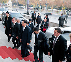 31.10.2011, Parlament, Wien, AUT, Nationalrat, Begrueßung des Praesidenten der Volksrepublik China  Hu Jintao durch Nationalratspraesidentin Barbara Prammer im Parlament, im Bild Praesident der Volksrepublik China  Hu Jintao betritt das Parlament // during the welcoming of Hu Jintao president of people's Republic of China with presiding officer of austrian parliament, parliament, Vienna, 2011-10-31, EXPA Pictures © 2011, PhotoCredit: EXPA/ M. Gruber