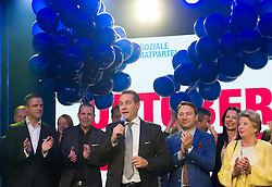 11.10.2015, FPÖ Festzelt, Wien, AUT, Wien-Wahl 2015, im Bild v.l.n.r. Johann Gudenus, Harald Vilimsky, FPÖ Spitzenkandidat Heinz-Christian Strache, Manfred Haimbuchner und Ursula Stenzel // during elcetion to the vienna city council at FPOe tent in Vienna, Austria on 2015/10/11, EXPA Pictures © 2015, PhotoCredit: EXPA/ Michael Gruber