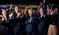 Bialystok, 21.10.2018. Wieczor wyborczy Koalicji Obywatelskiej. Wybory wg wstepnych sonadazy wygral w pierwszej turze Tadeusz Truskolaski ( 51% glosow ) obecny prezydent Bialegostoku, ktory pokonal Jacka Zalka ( 32% glosow ) N/z Tadeusz Truskolaski prezydent Bialegostoku ( C ) fot Michal Kosc / AGENCJA WSCHOD