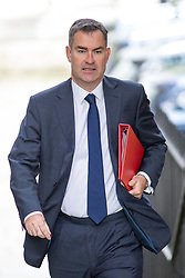 © Licensed to London News Pictures. 21/09/2017. London, UK. Work and Pensions Secretary David Gauke arriving in Downing Street to attend a Cabinet meeting this morning. Photo credit : Tom Nicholson/LNP