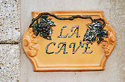 Terracotta Sign saying La Cave - the wine cellar. Domaine la Monardiere Monardière, Vacqueyras, Vaucluse, Provence, France, Europe