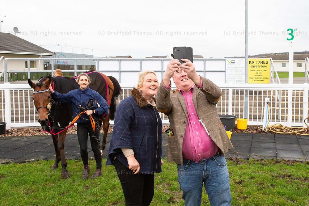 Ffos Las Racecourse, Trimsaran, Wales, UK. Monday 14 January 2019.  Walters Group Novices' Hurdle (Race 2)