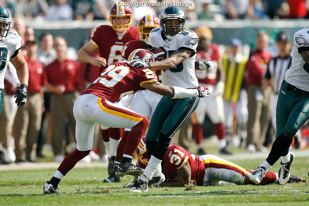 5 Oct 2008: Philadelphia Eagles wide receiver Greg Lewis #83 during the game against the Washington Redskins on October 5th, 2008. The Redskins won 23-17 at Lincoln Financial Field in Philadelphia, Pennsylvania.