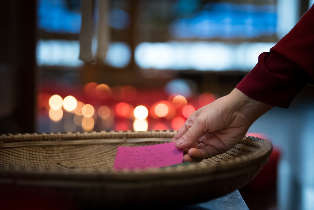1 December 2017, Geneva, Switzerland: On World AIDS Day 2017, the World Council of Churches – Ecumenical Advocacy Alliance (WCC-EAA) brought together representatives of faith-based organizations as well as public sector and inter-governmental organizations at the Ecumenical Centre in Geneva on 1 December. The event saw a commemorative prayer service, an interactive art exhibition, and a round table discussion on how to improve access to testing and treatment for children and adolescents living with HIV, particularly by means of education. During the morning prayer service, participants were asked to write down their own commitments, of what they can do for people living with or affected by HIV today. The commitments were symbolically placed in a basket by the altar, demonstrating a shared commitment for work to overcome HIV and AIDS.