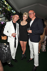 Left to right, JAMES BROWN, PIXIE GELDOF and GILES DEACON at the 2009 Glamour Magazine Awards held in Berkeley Square, London on 2nd June 2009.